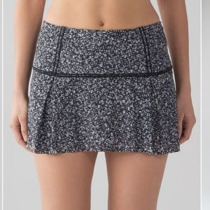 NWT Lululemon Lost In Pace Skirt